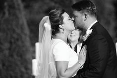 Black and white first kiss photo. View more from this classy blue Knoxville wedding at @castletonfarms, with pics by Bryan Allen! | The Pink Bride® www.thepinkbride.com   #knoxvillewedding #bluewedding