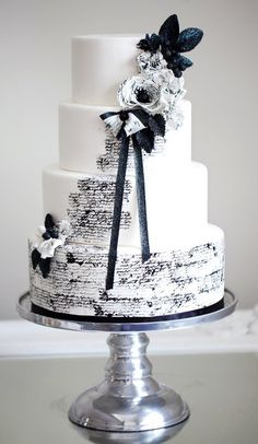 Midnight in Paris wedding cake...  Stunning!