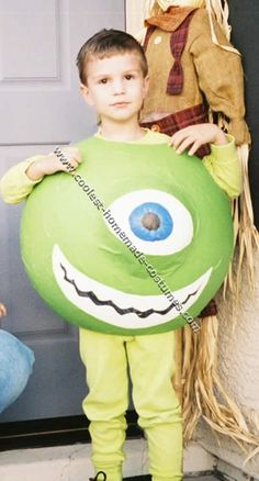 Take a look at these homemade Mike Wazowski costume ideas submitted to our annual Halloween Costume Contest. You'll also find loads of homemade costume ideas and DIY Halloween costume inspiration. Mike Wazowski Halloween Costume, Halloween Costume Contest, Halloween 2014, Happy Halloween, Halloween Customs, Homemade Costumes, Diy Costumes, Costume Ideas, Monsters Inc Decorations