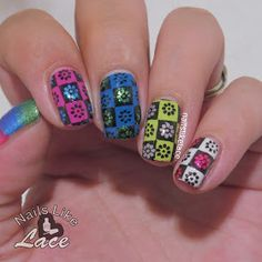 NailsLikeLace: Checkered Floral Stamping (Untriedicure #16) http://www.nailslikelace.com/2015/06/checkered-floral-stamping-untriedicure.html