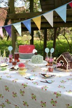 Saffron Crafts meets The Biscuit Jar & Love Little Cakes