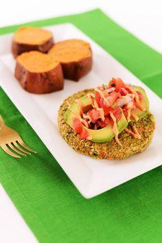 Hello, Monday! Start your week with this NEW #spicy #avocado #veggieburger from Fit Foodz Cafe! 😍🌱💪🏻  #plantbased #vegan #vegansofig #govegan #veganism #bestofvegan #whatveganseat #veganfoodshare #veganfoodspot #healthyvegan #feedfeed #cleaneats #wellness #turkey #burger #salsa #avocado #chipotle #mayo #yumm #newmenu #comingsoon #lunch #dinner #healthy #cafe #somuchmore #summer #happy #summerbody #thechalkboardeats #flashesofdelight #darlingmovement #thatsdarling #liveauthentic…