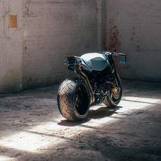 Gnarly: This Honda CBR street fighter from Australia has a rear tire. Honda Fireblade, Honda Cbr, Street Fighter Motorcycle, Futuristic Motorcycle, Moto Design, Bike Design, Motorcycle Design, Custom Street Bikes, Custom Bikes