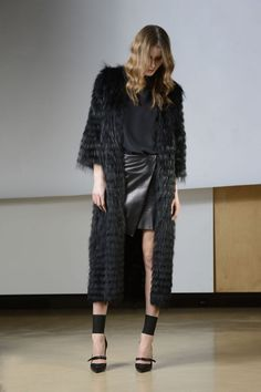 F/W 2014-15 PREFALL: fur - GLEN 3: Maxi cappotto volpe argentata nera | SimonettaRavizza.com