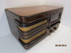 1940 Knight (Allied Radio) 7 Tube 2 Band (BC/SW) AC Wood Tabletop Radio #A10836