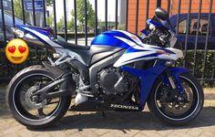 Honda CBR 600RR #tekoop #aangeboden in de Facebookgroep #motorentekoopmt #motortreffer #honda #hondacbr #hondacbr600 #hondacbr600rr