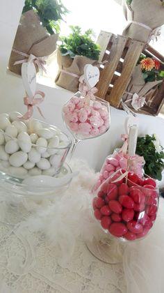 Angolo confetti #rosa #battesimo #confettata #allestimento #occasionispeciali #events www.pbanchetti.it
