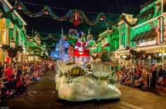 VeryMerryParade | Flickr - Photo Sharing!
