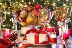 Lovely Christmas Tablesetting