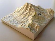 フルカラーの立体模型(筑波山)