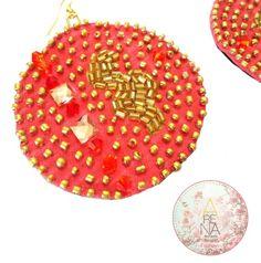 """Mira en detalle a nuestros Zarcillos """"Pasión"""" parte de la Nueva Colección """"Dalila"""" que trae mucho brillo de cristales checos y diseños espectaculares y están disponibles en @liniovenezuela  junto a otros diseños espectaculares❤ También podrás encontrar nuestros accesorios en @disenia_co y @liniofashionco en excelentes precios! ❤➡Para mas info contactamos a arenabyastrid@gmail.com y +573044426072 y +584161703728  #liniove #fashion #trendy #moda #chic #earring #zarcillos #liniofashion #linio…"""
