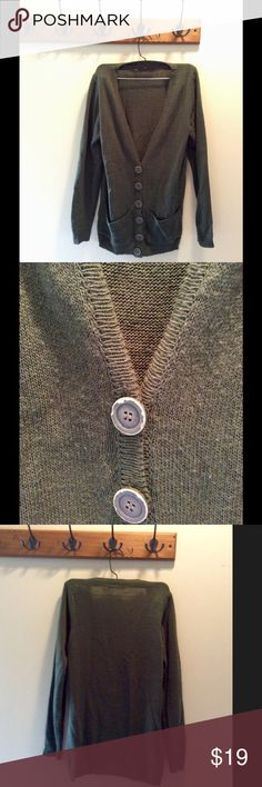 American Eagle Green Evergreen Sweater Cardigan American Eagle Green Evergreen Sweater Cardigan. In excellent preowned condition, only worn a few times. All tags removed. American Eagle Outfitters Sweaters Cardigans