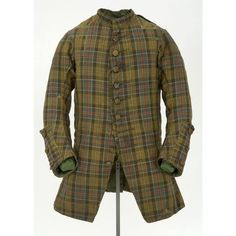 From the Glasgow museum - Woollen, twill-weave hard tartan man's coat, Scottish, 18th Century Dress, 18th Century Costume, 18th Century Clothing, 18th Century Fashion, Scottish Clothing, Folk Clothing, Celtic Clothing, Tartan Men, Plaid