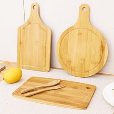 Type: Chopping BlocksCertification: CIQShape: RectanglePackaging: Single Piece PackageModel Number: Cutting Board Kitchen SuppliesFeature: Eco-FriendlyFeature: StockedMaterial: Wood Double Sides Available Fruit Cake Tray Cooking Blocks Cat Egg, Electronic Kitchen Scales, Dough Press, Pancake Maker, Boiled Vegetables, Jewelry Scale, Cake Tray, Stainless Steel Bbq, Types Of Meat