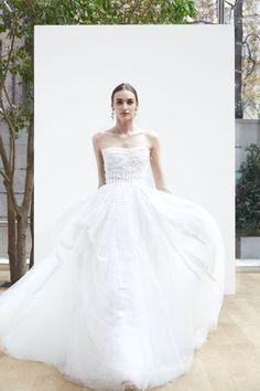 Oscar de la Renta Spring 2018 Fashion Show Bridal, NYFW, New York Fashion Week, TheImpression.com - Fashion news, runway, street style, models