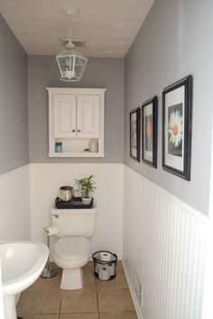How to update a very boring powder room frugal homemaker diy Small Downstairs Toilet, Small Toilet Room, Downstairs Bathroom, Small Toilet Decor, Toilet Room Decor, Bathroom Shelf Decor, Toilet Decoration, Modern Bathroom, Small Bathroom