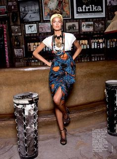 Motherland Calling: Haute African-Inspired Fashion Shoot in Vogue Australia (A Must-See) African Inspired Fashion, African Print Fashion, Africa Fashion, Tribal Fashion, African Prints, Fashion Shoot, Editorial Fashion, Love Fashion, Fashion Vintage
