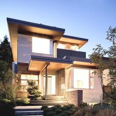 Contemporary West 21st Residence, Canada