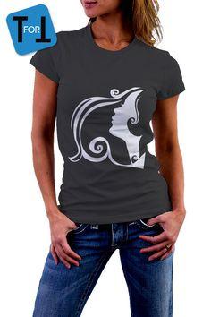 49f449dbf5126f Articles similaires à White woman face - T-shirt noir Visage de femme Tshirt  • 001 sur Etsy