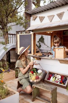 Eco and organic handmade cubby houses by Castle & Cubby Babyccino Kids: Daily tips, Children's products, Craft ideas, Recipes & Backyard Fort, Backyard Playground, Backyard For Kids, Backyard Projects, Kids Cubby Houses, Kids Cubbies, Play Houses, Apple Crates, Gardens