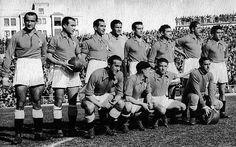 """REAL OVIEDO 27/02/1949. Real Madrid 0 - Real Oviedo 2. De pie, de izquierda a derecha: Cabido, """"Herrerita"""", Arzanegui, Argila, Peñalosa, Iturbe, Diestro y Muñiz. Agachados, en el mismo orden:Granda, """"Antón"""", """"Goyín"""" y Llorente"""