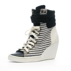 Perri Wedge Black now featured on Fab.
