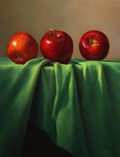 Trois pommes rouges sur drapé vert #Gérard Dubois artiste peintre