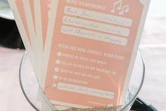 Mit Musikwunschzetteln wird die Hochzeitsparty zum Knaller