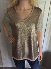 NWT GIMMICKS BY BKE THE BUCKLE V-NECK METALLIC EMBROIDERED RAW EDGE TOP XL