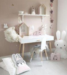 It's so... BUNNIFUL!! #bunnies #rabbit #rabbits #rabbitlove #rabbitlife #bunny #bunnylove #bunnylovers #bunnyrabbit #bunnylife #pet #pets #cute #spring