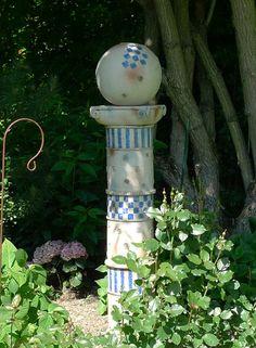 Gartensäule von Margit Hohenberger Keramik Kunst für den Garten