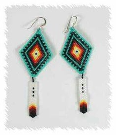 diamond shaped beaded earrings with beaded feather Beaded Earrings Native, Native Beadwork, Native American Beadwork, Native American Earrings, Seed Bead Jewelry, Seed Bead Earrings, Beaded Jewelry, Beaded Necklaces, Feather Earrings