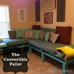 The Convertible Pallet | Craft Dictator  THIS A...   PALLET  S T Y L E    PROJECT/GREAT TUTORIAL I THINK IS FABULOSO AS IT MEETS ALL MY CRITERIA FOR MOST ASPECTS OF MY LIFE...PRACTICAL, INEXPENSIVE, USEFUL 2 ME, DOABLE 4 MOST WITH SIMPLE TOOLS