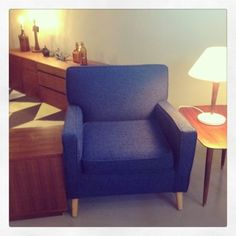 Mid Century Lounge Chair- Mccobb, Wakefield Style - love the color!
