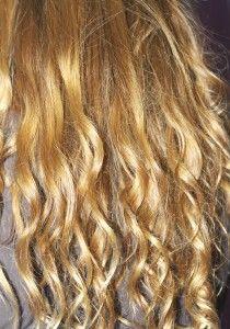 Not-Permanent Blond Colour  http://www.prettybeautyblog.com/2013/11/11/magica-cc-cream-per-capelli-biondo-miele/