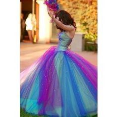 OMG I LOVE this dress. If I was....you know, fifteen years younger, I'd wear it to prom!! I don't have anywhere so fancy and exciting to go these days, but I'd wear this shit around the house just to feel like a pretty, pretty princess.