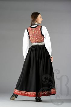 Sognebunad Folk Costume, Costumes, Akiane Kramarik, Traditional Outfits, Scandinavian, All Things, Ethnic, Skirts, Folklore