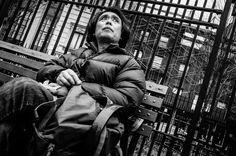 Looking up ------- #lookingup #bench #soho #streetphotography #streetfauna #StreetLife_Award #streetphotographers #streetphotography #streetlife #best_streetview #streetshots #lensculture #lensculturestreet #street_photo_club #weekly_feature #helloicp #exkclusive_shot #nydrgram #viewbugfeature #bnw_awards #bw_awards #bnw_planet #bnwmood #newyork_ig ------- #fujifilm #fujifilm_xseries #ricohgr #eyeem #vcso #manhattan #nyc by streetfauna