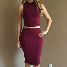 Burgundy Mock Neck Sleeveless Crop Top Burgundy Mock Neck SleevelessCrop Top. Brand new. Never worn. Available in S-M-L. Model is wearing a small, for reference. No Paypal. No trades. 10% discount on all bundles made with the bundle feature. No offers will be considered unless you use the make me an offer feature.     Please follow  Instagram: BossyJoc3y  Blog: www.bossyjocey.com Tops Crop Tops