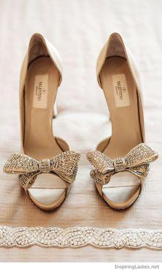 Sweet Valentino bow shoes | Inspiring Ladies