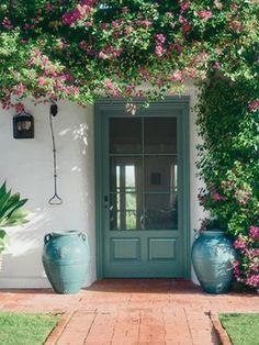 Kathryn Ireland Designs a Colorful California Home - Spanish Colonial Revival… Spanish Style Homes, Spanish House, Spanish Colonial, Spanish Bungalow, Spanish Revival Home, Exterior Paint, Exterior Design, Interior And Exterior, Stone Exterior