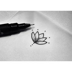 coup de coeur : petite fleur de lotus, dotwork tatouage, point, minuscule