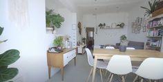 Basic living room design with a bookshelf.