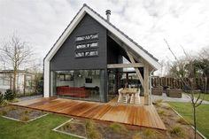 modern house covered shaded terrace veranda
