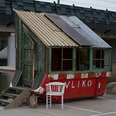 Designers Rikkert Paauw and Jet van Zwieten of Foundation Projects transform refuse skips and their contents into small buildings.