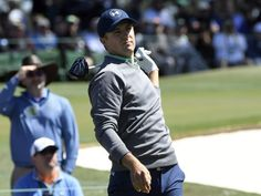Jordan Spieth struggles but maintains Masters lead #JordanSpieth...: Jordan Spieth struggles but maintains… #JordanSpieth #TheMasters