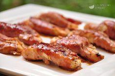 Gli involtini pollo e prosciutto sono gustosi involtini in cui il pollo è la farcitura e il prosciutto crudo l'elemento che avvolge. Assieme all'aceto balsamico danno al piatto un sapore e un profumo speciali.
