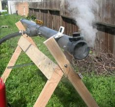 Ultimate Steam Box - Homemade steam box constructed from PVC, radiator hose, and a steel can boiler. Woodworking Techniques, Woodworking Jigs, Woodworking Projects, Steam Box, Steam Bending Wood, How To Bend Wood, Workshop Layout, Small Wood Projects, Wood Boats