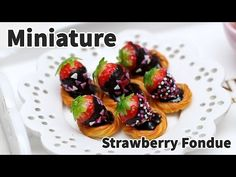 how to: miniature chocolate dipped strawberries
