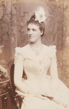antique-royals:  Amelie of Orleans Queen of Portugal